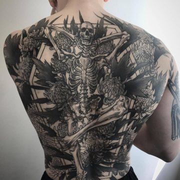 Эскизы тату на спине для мужчин