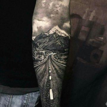 Почему татуировка стоит дорого? Как формируется цена на тату