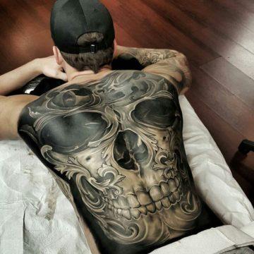 Фото тату на спине для мужчин