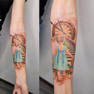 Значение тату часы